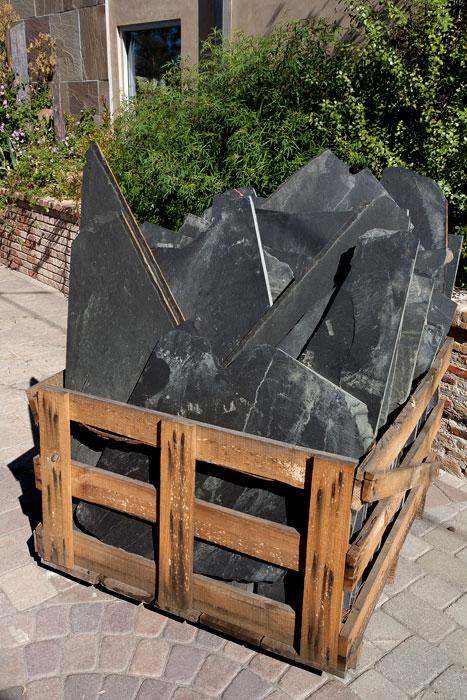 Flag Stone Retaining Wall