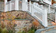 Savannah Quartzite Mosaic Thin Veneer and New York Bluestone